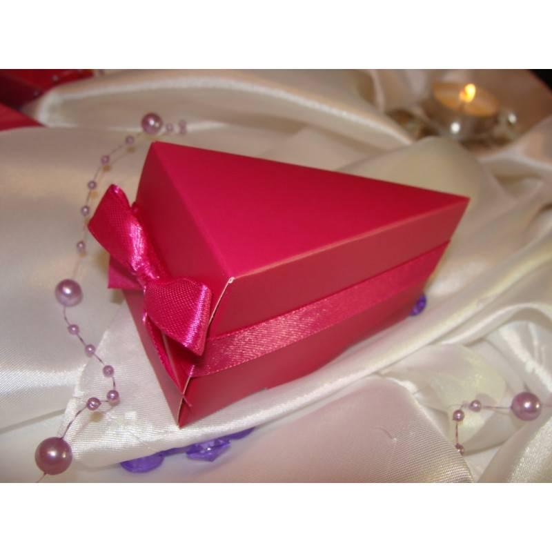 Pudełeczka dla gości z pokrywką i wstążeczką