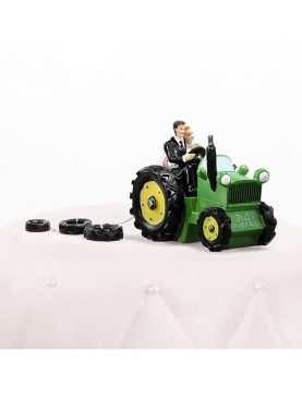 Figurka na tort Para Młoda na traktorze