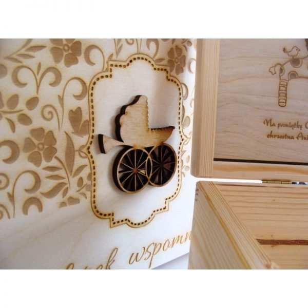 Skrzynka z grawerem na koperty drewniana wzór 2