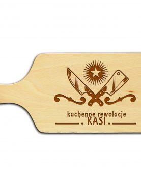 Deska z wypalonym napisem Kuchenne rewolucje