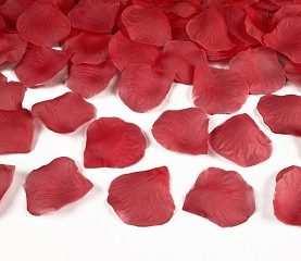 Sztuczne płatki róż 500 szt czerwone