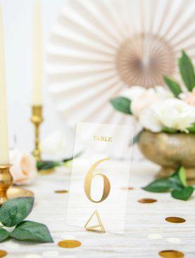 Transparentne numery na stoły ze złotym nadrukiem 1-20