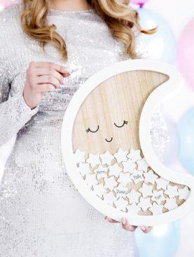 Drewniana księga Gości w kształcie księżyca