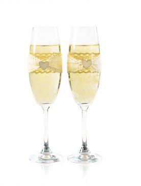 Eleganckie kieliszki do szampana z dodatkiem koronki