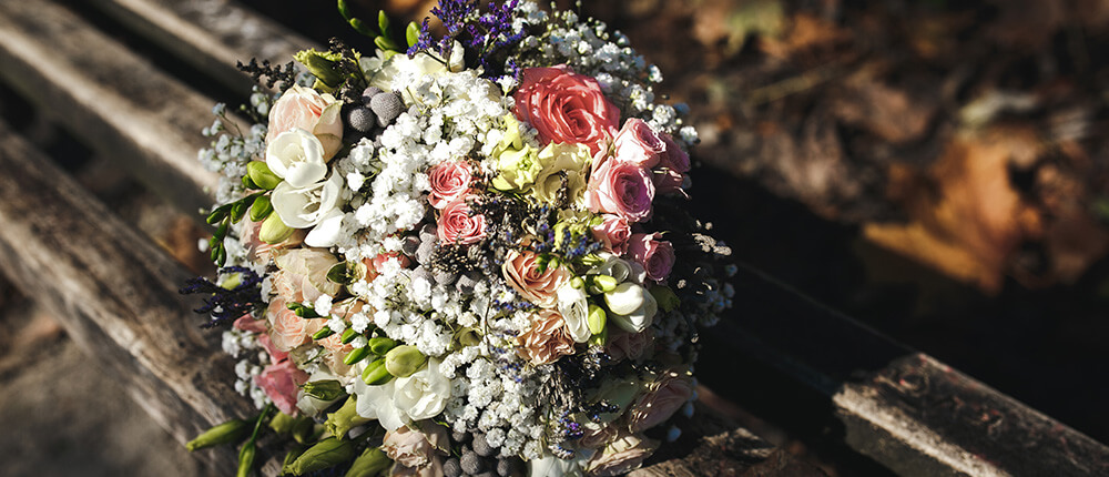 Sezonowe dekoracje ślubne – jesień i zima