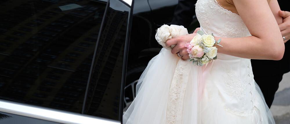 Czym do ślubu–samochód, bryczka, a może motocykl?